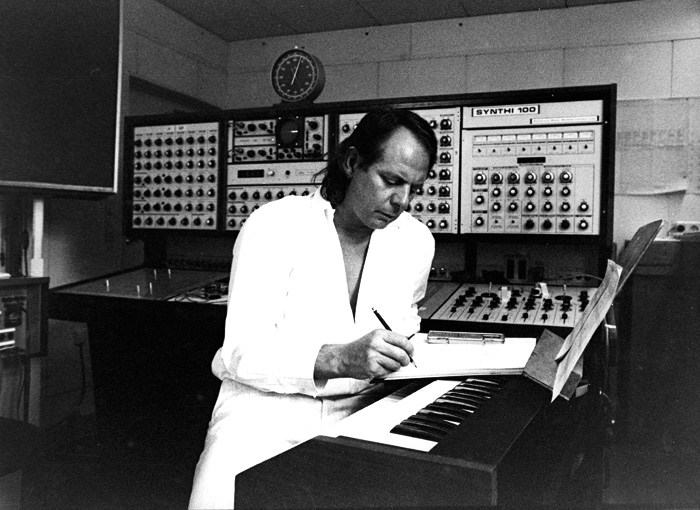 stockhausen con il synthi 100